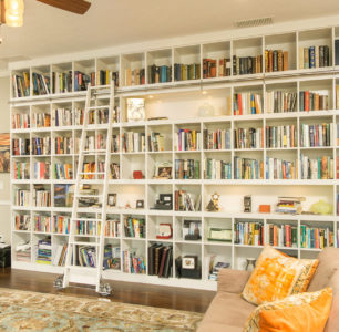 floor to ceiling built in library built by DM Builders, Idaho home construction